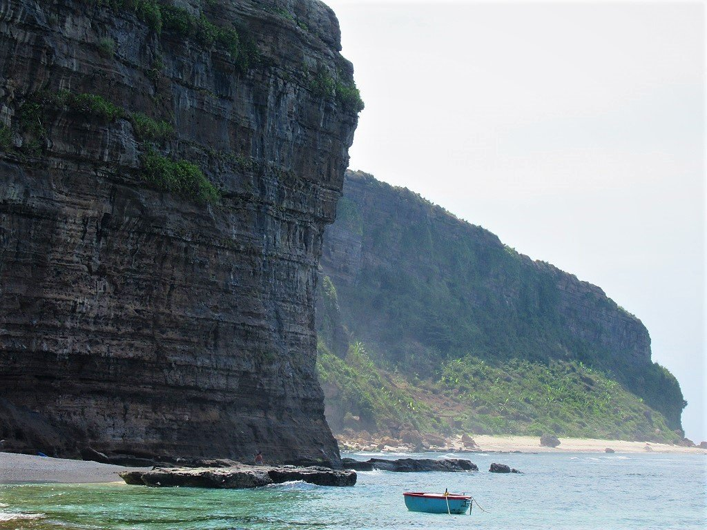 Hang Cau Beach & Cliffs, Ly Son Island, Vietnam