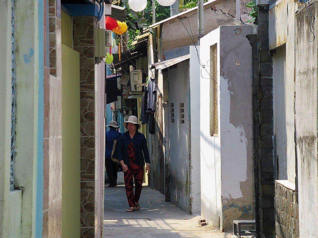 Local alleyway, Saigon (Ho Chi Minh City), Vietnam