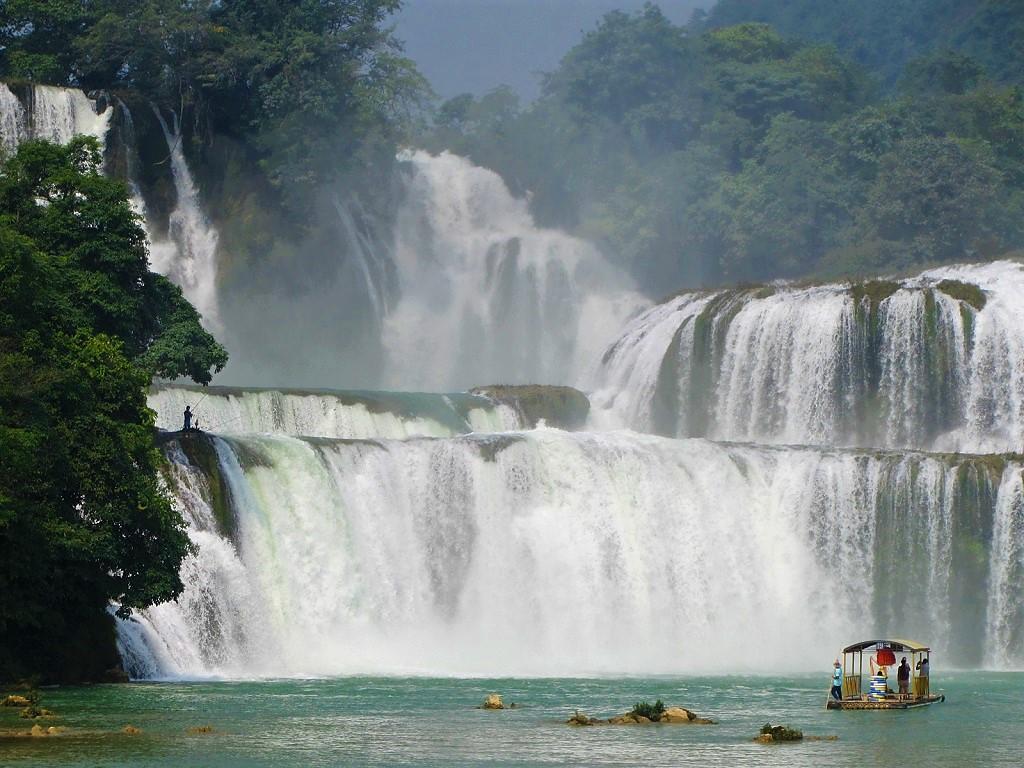 Ban Gioc Waterfall, northeast Vietnam