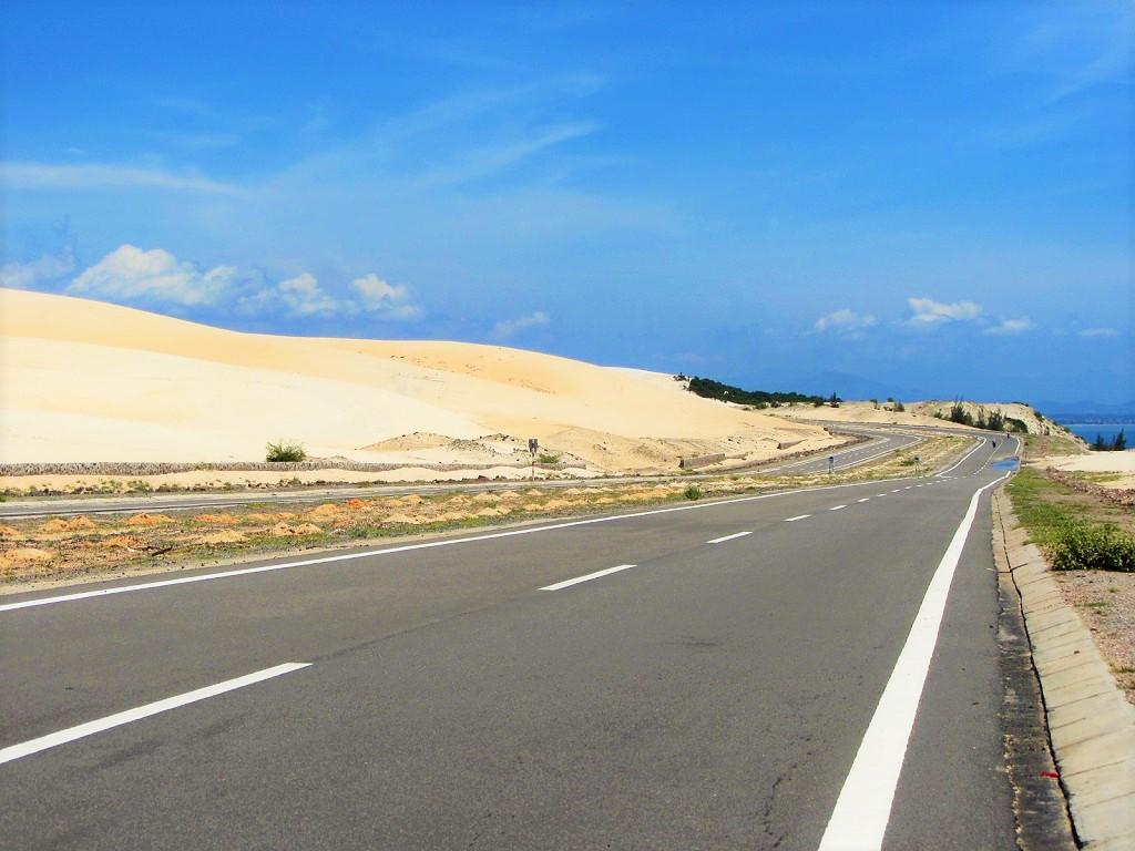 On the Sand Dune Highway through Vietnam's desert, south-central coast