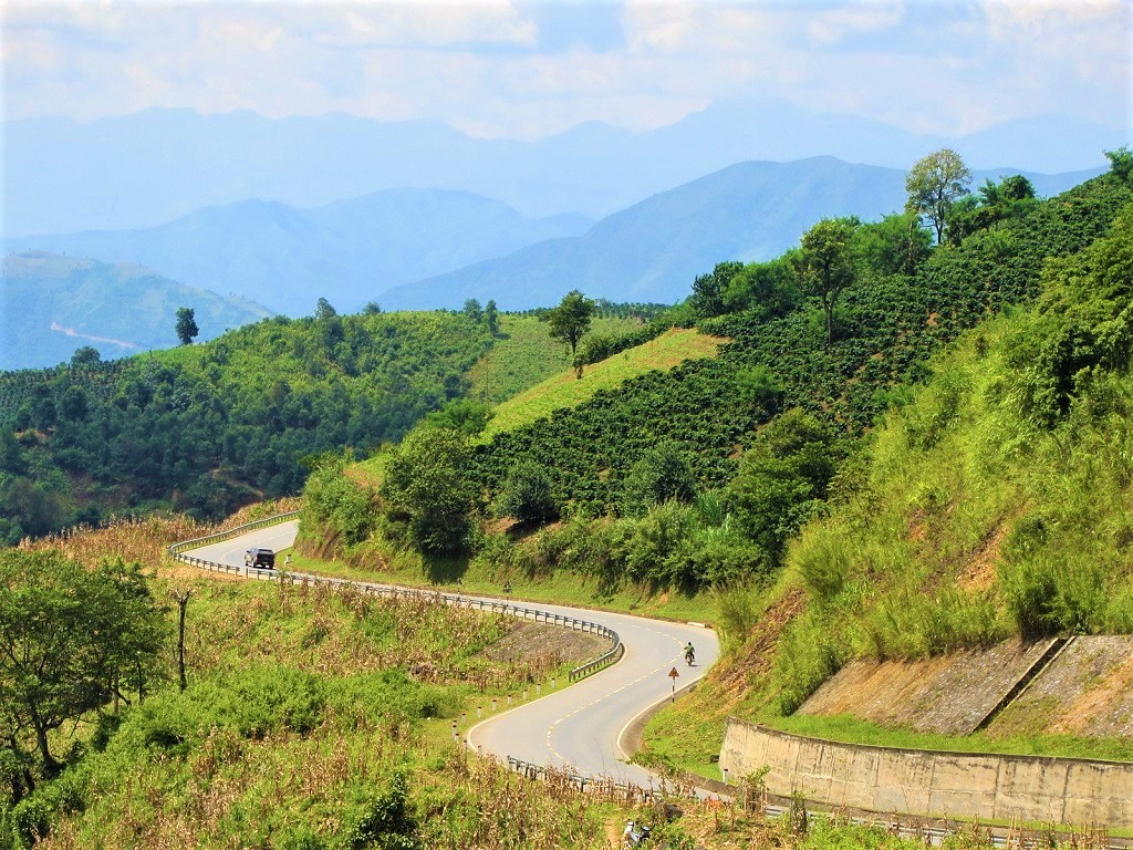 Road to Dien Bien Phu, the famous Pha Din Pass